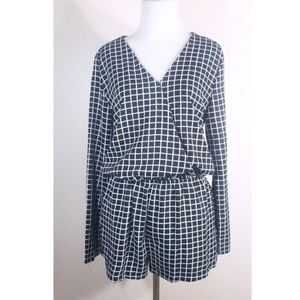 **3/$25** Very J Black & White Long Sleeve Romper